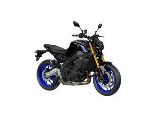 2021-Yamaha-MT09DX-EU-Icon_Performance_-Studio-001-03